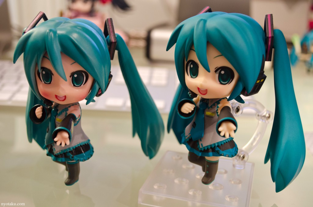 Fake and Real Miku Hatsune nendoroid