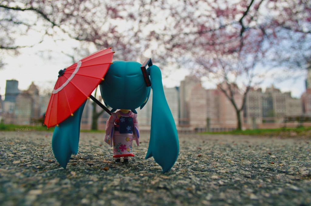 Miku Hatsune nendoroid spring