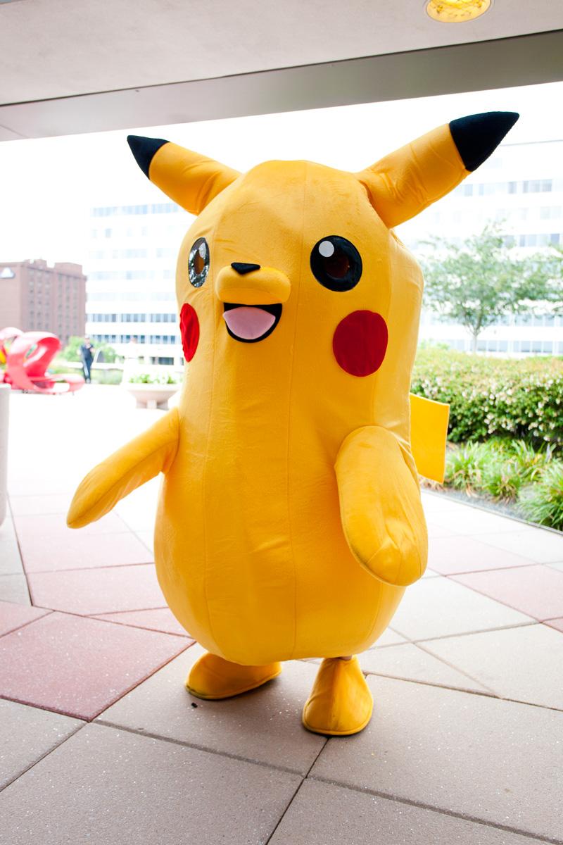 Otakon-2015-Pikachu-Cosplay